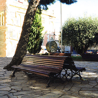 Double Romántico Bench C-3 icon image